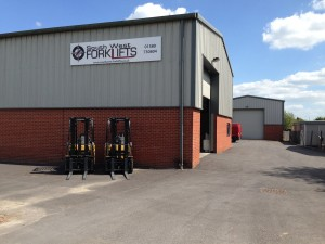 New Signs go up at South West Forklifts