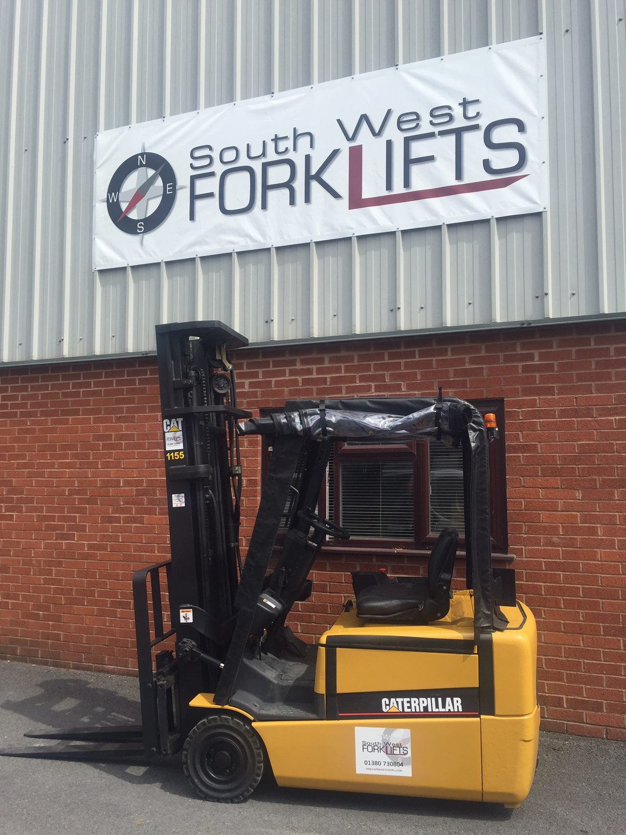 forklift truck refurbishment in Bristol